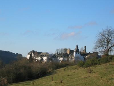 Kronenburg Eifel - Burghaus & Villa Kronenburg