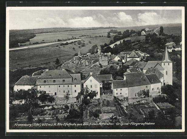 Historische Fliegeraufnahme Kronenburg - Burghaus & Villa Kronenburg