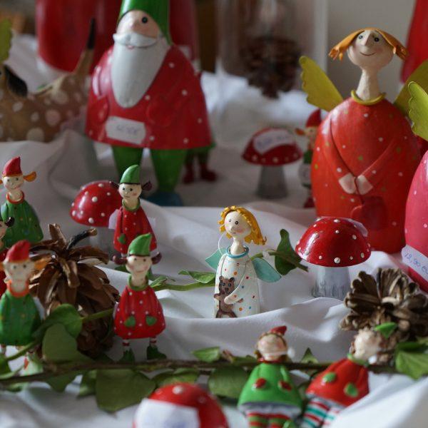 Teelädchen Präsente Weihnachtsfiguren - Burghaus & Villa Kronenburg
