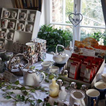 Tee Präsente - Burghaus & Villa Kronenburg