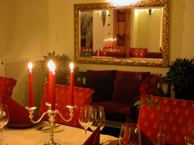 Candlelight Dinner - Burghaus & Villa Kronenburg