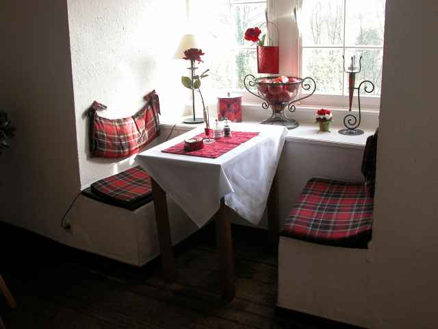 Erker im Restaurant - Burghaus & Villa Kronenburg