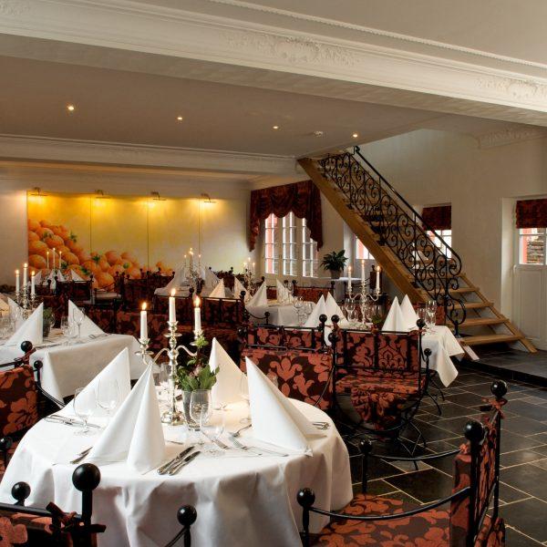 Burgsaal Restaurant - Burghaus & Villa Kronenburg